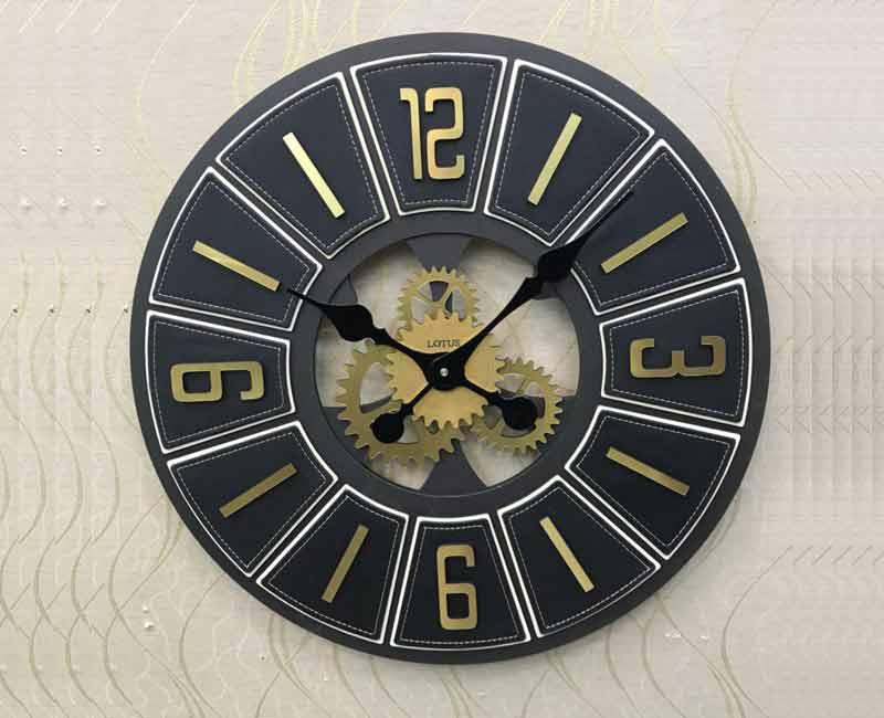 ساعت دیواری چرمی لوتوس مدل 1-220