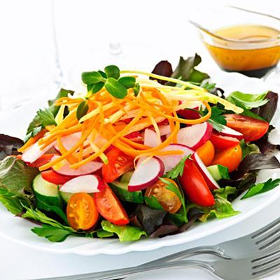 سبزیجات خام مصرف کنیم یا پخته؟